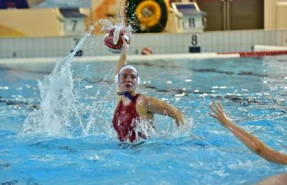 Dames 1 wint van Waterpolo Den Haag