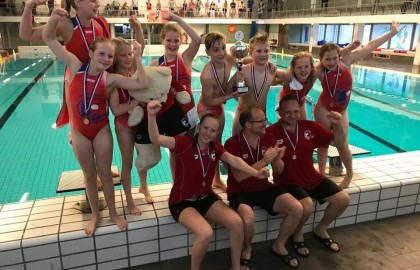 011 Nederlands Kampioen waterpolo!
